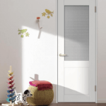 【内装】室内ドアはリクシルの白い建具で即決。